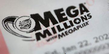 The $1 billion Mega Millions Winning Lottery Was Bought In Michigan | Buzzenga