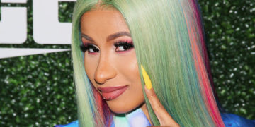 Cardi B Has Been Calculating How Much Pay She Deserves | Buzzenga